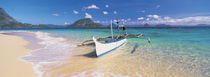 Fishing boat moored on the beach, Palawan, Philippines von Panoramic Images