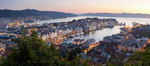 Buildings in a city, Bergen, Hordaland County, Norway von Panoramic Images