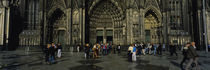 Tourists in front of a cathedral, Cologne Cathedral, Cologne, Germany von Panoramic Images