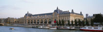 Museum on a riverbank, Musee D'Orsay, Paris, France von Panoramic Images
