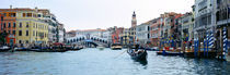 Buildings at the waterfront, Rialto Bridge, Grand Canal, Venice, Veneto, Italy von Panoramic Images