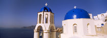 Church with sea in the background, Santorini, Cyclades Islands, Greece von Panoramic Images