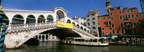 Low angle view of a bridge across a canal, Rialto Bridge, Venice, Italy von Panoramic Images