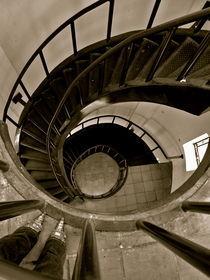 Stilettos and Stairways. von Sally Nelsen