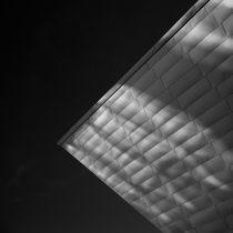 Rays on facade