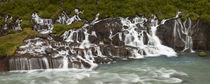 Hraunfossar waterfall in Iceland von William Lee