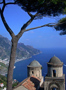 Ravello - View from the 13th century Villa Rufolo von captainsilva