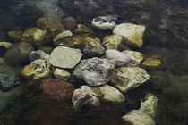 Steine im Wasserlauf von dresdner