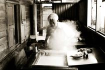 Chinese noodles  by Simon Morelli