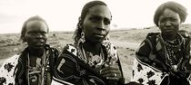 Maasai women by Simon Morelli