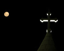 Moonlit Cross von Joseph Ullrich