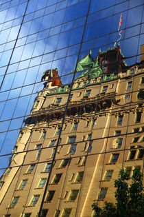 New York Spiegelung by buellom