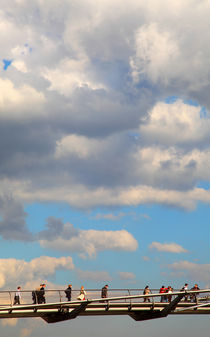 Brücke im Himmel by buellom