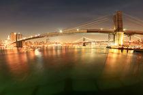 Brooklyn Bridge - New York - 01 - Night Shot Eastriver Manhattan Bridge Longtime Exposure - NYC Nachtaufnahme Langzeitbelichtung von temponaut