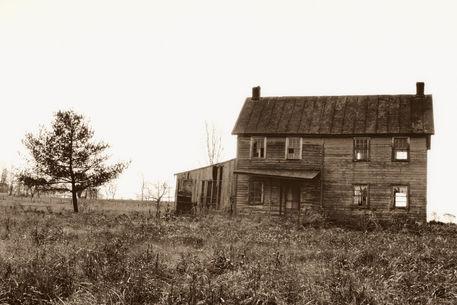 Abandonedfarmhouse