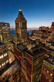 Blue Hour on NYC Skyline and Standard Oil Building von David Giral