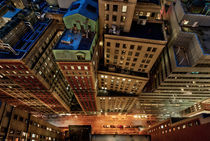 Vertigo | New Street at night , NYC, USA von David Giral