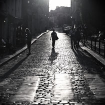 Paris-montmartre-the-walking-man