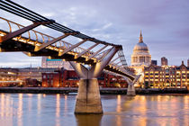 On the Thames by Philip Cozzolino