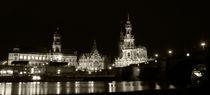 Elbufer Dresden bei Nacht von Peggy Graßler