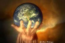 Du traegst die Welt in Deiner Hand von Marie Luise Strohmenger