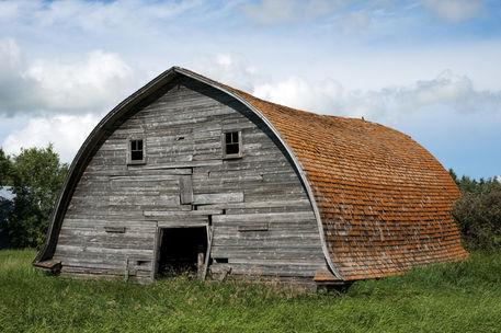 Old-grey-barn-1