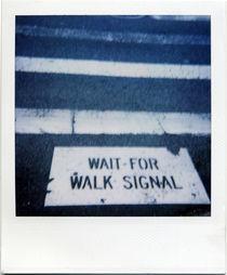Wait for walk signal by blackscreen