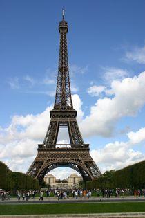Paris Eifelturm Sommerwolken by artposter
