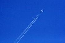 Untitled (Plane Pollution) von Owen Martin