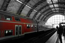 Berlin train station von Betul Eglenoglu