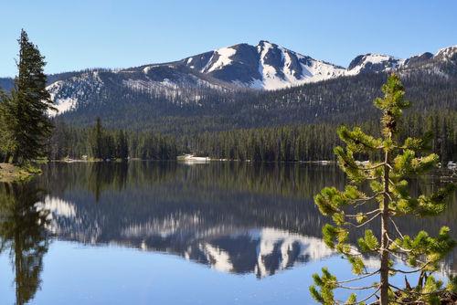 Sylvan-lake-yellowstone0548