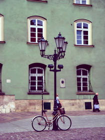 'A street lamp and a bike' von Magdalena  Dudka