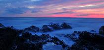 Beautiful sunset at Croyde Bay, North Devon von Luke Eagle