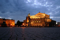 Semperoper 2004 by Peter Zimolong