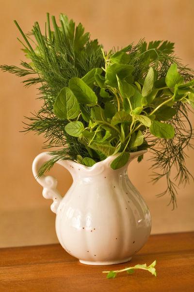 Fresh-herbs4587