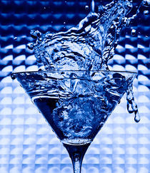 Blue Glass von Marco Moroni