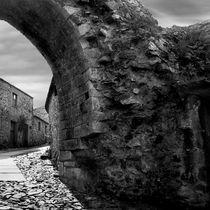 Castle Ruins by Luis  Bordalo