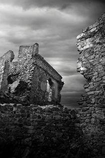 Old Castle von Luis  Bordalo