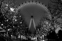 eye and lights by Loukas Dimitropoulos
