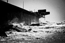 rough sea by Loukas Dimitropoulos