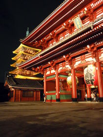 Night at Senso-ji by Carlo De Simone