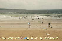 Eine Surfschule beim Training in Lahinch by Andy Fox