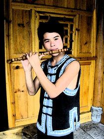 Chinesischer Flötenspieler by Hermann Bauer