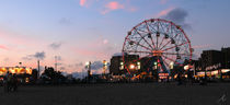 Wonder Wheel , coney island,  NYC , 2005  von Dani Shimoni