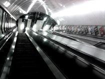 London Underground, 6 a.m. Friday by Dorottya Sajben