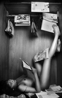 magazine lover by Harnindyo Inubhimantoro