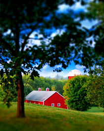 Red-barn-summer-by-inflaymes-d33m0ij