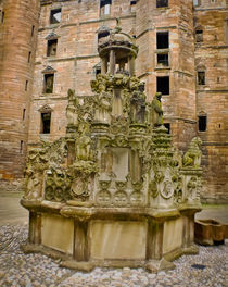 Linlithgow Palace Fountain von Buster Brown Photography