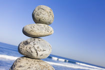 Pebble-stack-20-01-2011