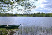 Lake by ektrom